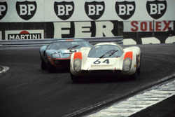 Hans Herrmann, Porsche 908; Jacky Ickx, John Wyer Automotive Ford GT40
