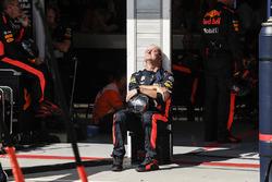 Red Bull Racing mechanic soaking in the sun