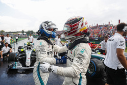 Valtteri Bottas, Mercedes AMG F1 W09 and Lewis Hamilton, Mercedes AMG F1 W09 celebrate in Parc Ferme