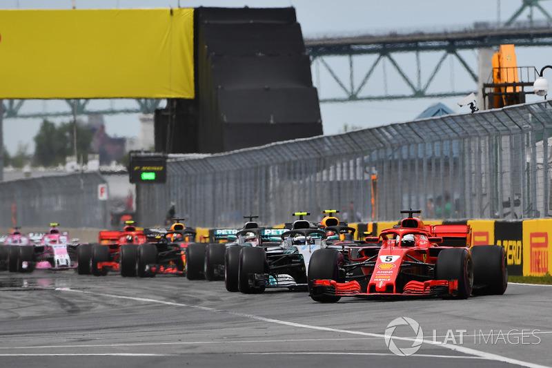 Sebastian Vettel, Ferrari SF71H, al comando alla partenza della gara