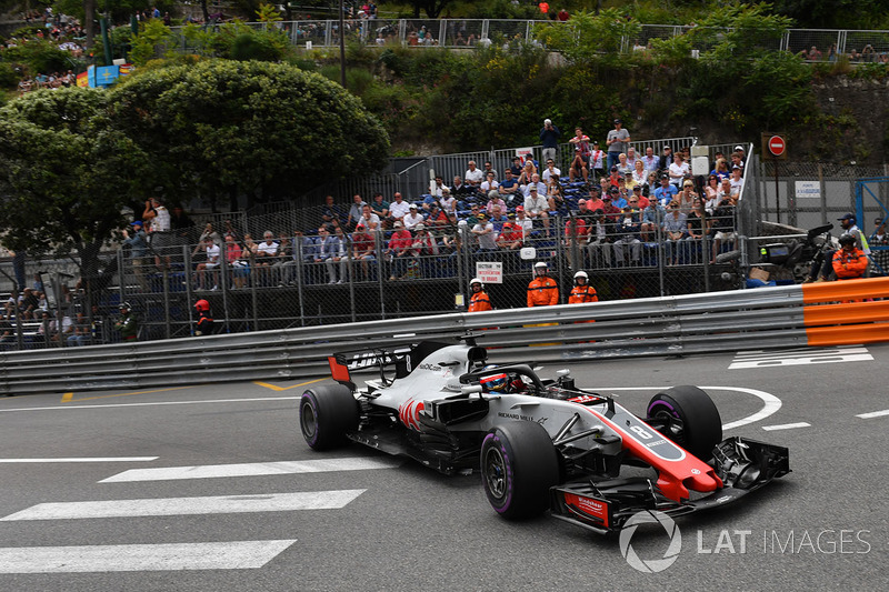 18. Romain Grosjean, Haas F1 Team VF-18