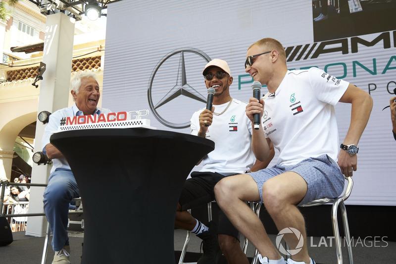 Valtteri Bottas, Mercedes AMG F1, Lewis Hamilton, Mercedes AMG F1, and Bob Constanduros