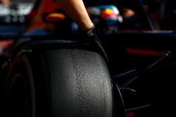Pirelli tire
