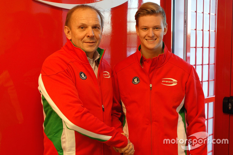 Mick Schumacher mit Angelo Rosin, Prema Team Teamchef