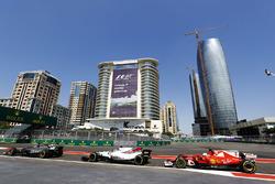 Ромен Грожан, Haas F1 Team VF-17, Фелипе Масса, Williams FW40, Себастьян Феттель, Ferrari SF70H