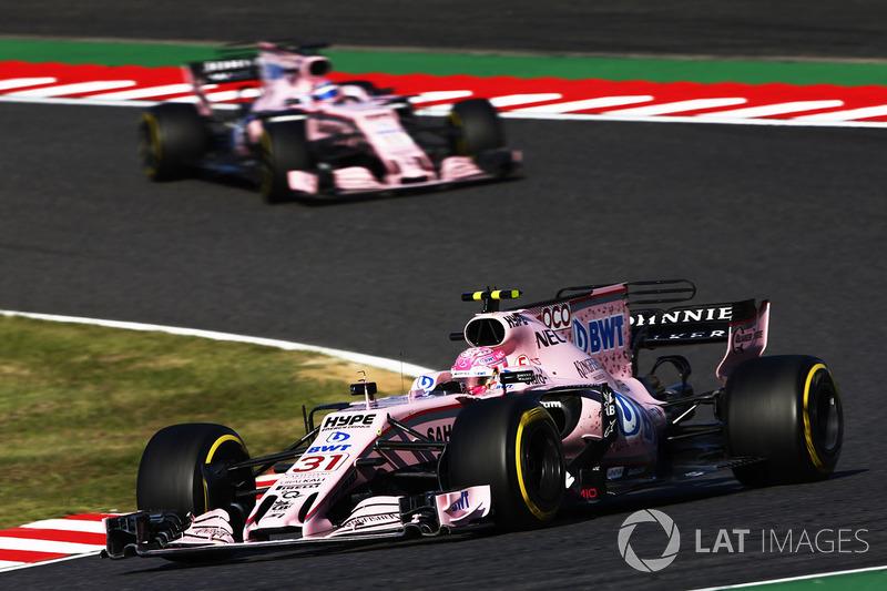 Esteban Ocon, Sahara Force India F1 VJM10, Sergio Pérez, Sahara Force India F1 VJM10