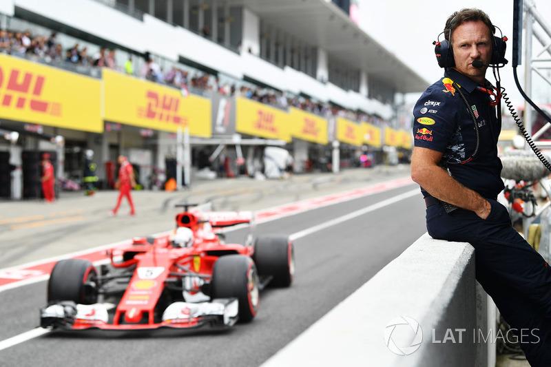 Christian Horner, director de Red Bull Racing Team y Sebastian Vettel, Ferrari SF70H