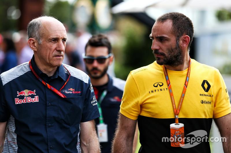 Franz Tost, Scuderia Toro Rosso, mit Cyril Abiteboul, Renault-Sportchef