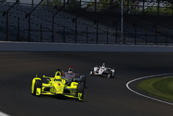 Simon Pagenaud, Team Penske Chevrolet, Will Power, Team Penske Chevrolet, Helio Castroneves, Team Penske Chevrolet