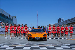 Grid Girls and Safety cars