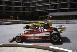 Gilles Villeneuve, Ferrari 312T3 überholt Emerson Fittipaldi, Copersucar F5A-Ford