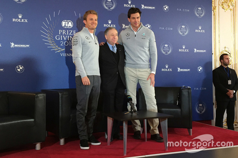 Nico Rosberg, Mercedes AMG F1, Jean Todt, FIA President and Toto Wolff, Mercedes AMG F1 Shareholder