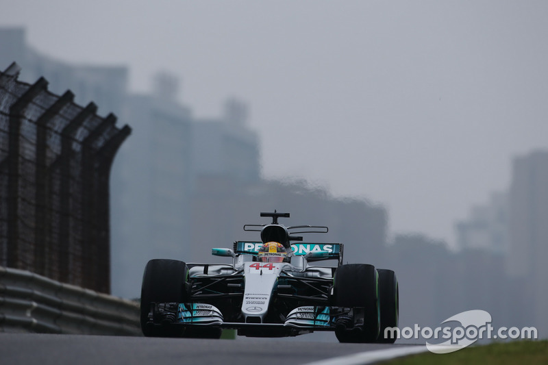 VOLTAS MAIS RÁPIDAS: Outro recorde que Hamilton parece estar distante. Ele tem 40 a menos que Schumacher (77 a 37), com menos da metade das voltas mais rápidas obtidas pelo heptacampeão.