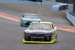 Paul Menard, Richard Childress Racing Chevrolet and Erik Jones, Joe Gibbs Racing Toyota