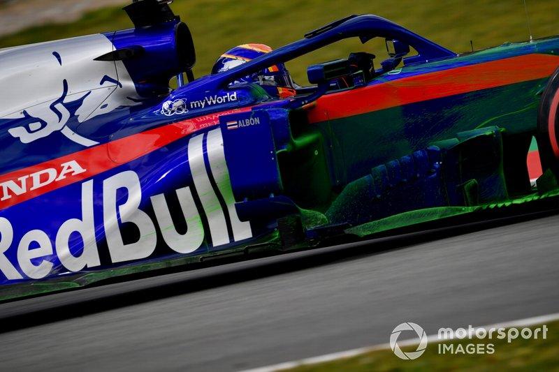 Alex Albon, Scuderia Toro Rosso STR14 con aero paint