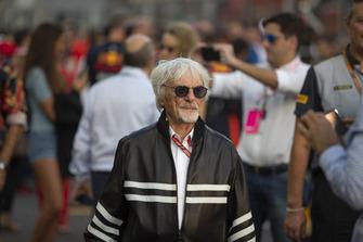 Bernie Ecclestone, in griglia di partenza