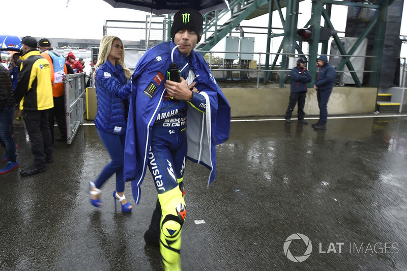 Valentino Rossi, Yamaha Factory Racing leaving the grid