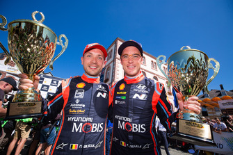 Second place Thierry Neuville, Nicolas Gilsoul, Hyundai i20 WRC, Hyundai Motorsport