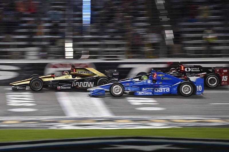 James Hinchcliffe, Schmidt Peterson Motorsports Honda, Tony Kanaan, Chip Ganassi Racing Chevrolet