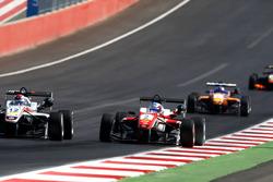 George Russell, HitechGP Dallara F312 – Mercedes-Benz y Nick Cassidy, Prema Powerteam Dallara F312 –