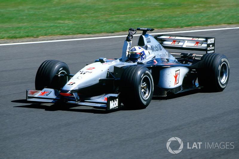 Il vincitore della gara David Coulthard, McLaren