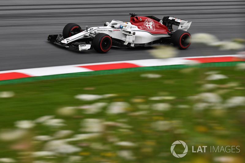 18: Marcus Ericsson, Sauber C37, 1'05.479