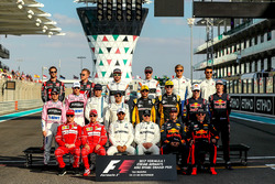 F1 drivers goup photo