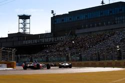 Mitch Evans, Jaguar Racing, Nick Heidfeld, Mahindra Racing