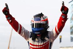 Race winner Felix Rosenqvist, Mahindra Racing