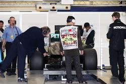 Mercedes AMG F1 W03 en las revisiones de la FIA