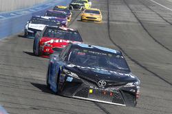 Erik Jones, Joe Gibbs Racing, Toyota Camry Sirius XM, Kurt Busch, Stewart-Haas Racing, Ford Fusion Haas Automation/Monster Energy