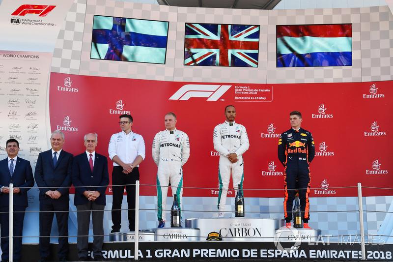 Espagne - Podium : Lewis Hamilton, Valtteri Bottas, Max Verstappen