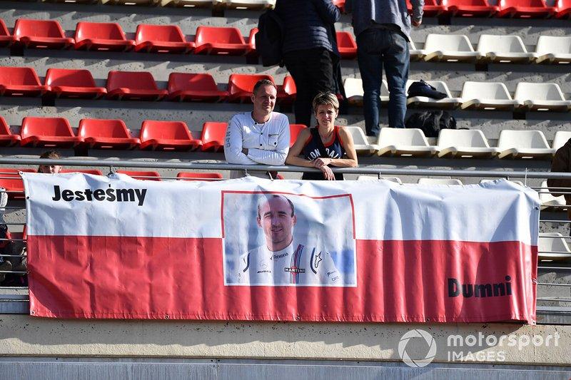Банер на підтримку Роберта Кубіци