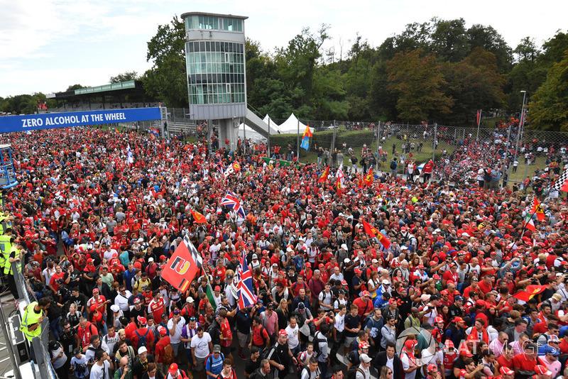 Monza fans