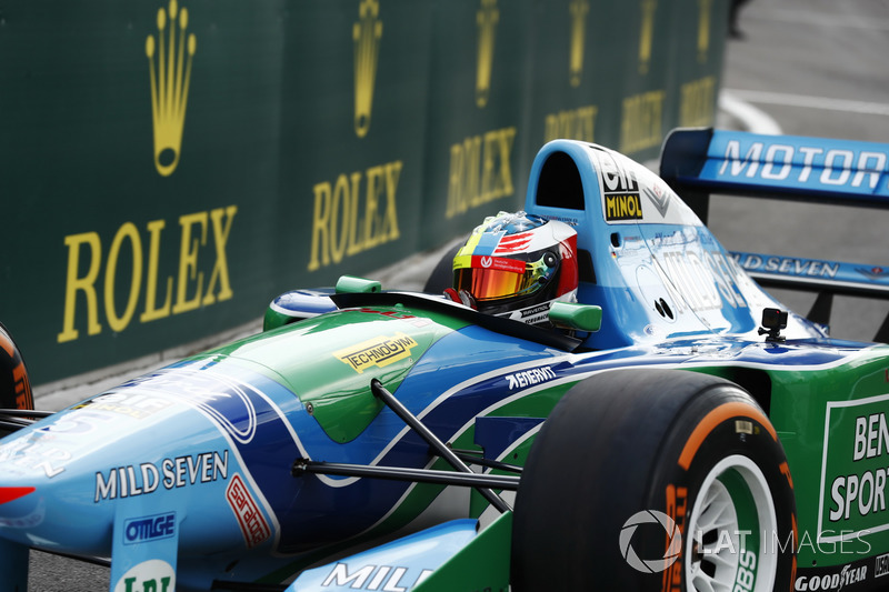 Mick Schumacher en el Benetton Ford B194