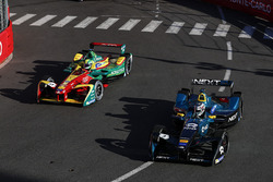 Nelson Piquet Jr., NEXTEV TCR Formula E Team, devant Lucas di Grassi, ABT Schaeffler Audi Sport