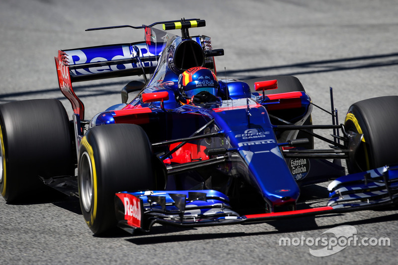 12 місце — Карлос Сайнс (Іспанія, Toro Rosso) — коефіцієнт 251,00