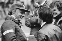 Niki Lauda, Brabham BT46-Alfa Romeo with Bernie Ecclestone