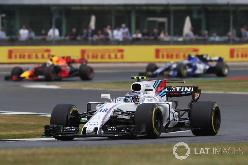 Lance Stroll, Williams FW40, Daniel Ricciardo, Red Bull Racing RB13 y Pascal Wehrlein, Sauber C36