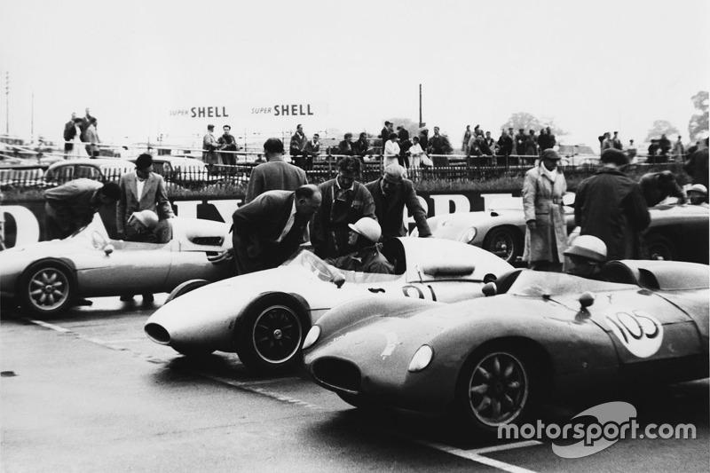 1958: Tim Parnell, Cooper T46-Climax, mit Vater Reg Parnell