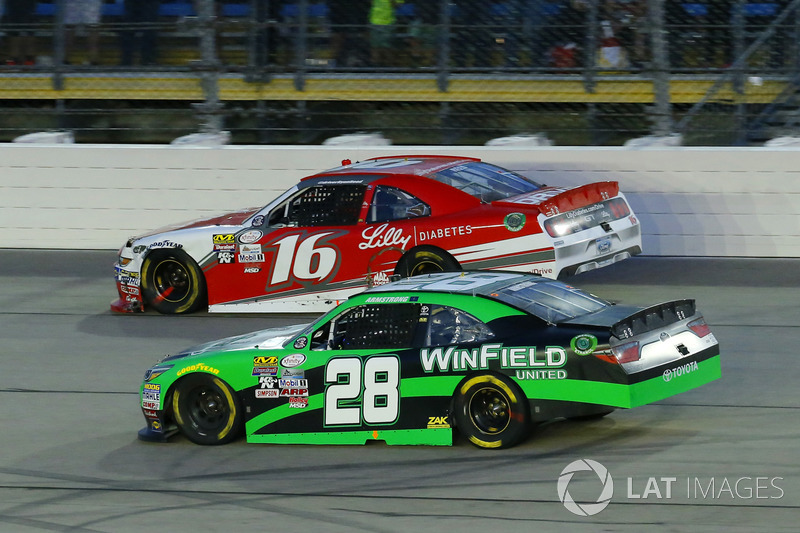 Dakoda Armstrong, JGL Racing Toyota, Ryan Reed, Roush Fenway Racing Ford