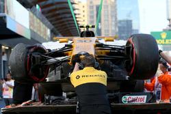 Эвакуация автомобиля RS17 Джолиона Палмера, Renault Sport F1 Team