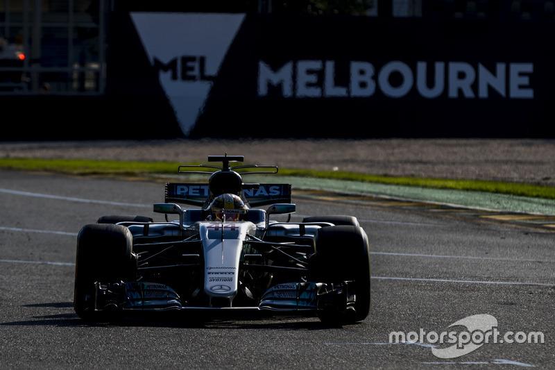 Y un día Hamilton se bajó de lo más alto del podio