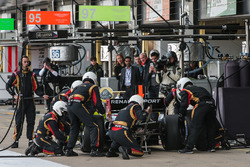 Pietro Fittipaldi, Lotus, pit action