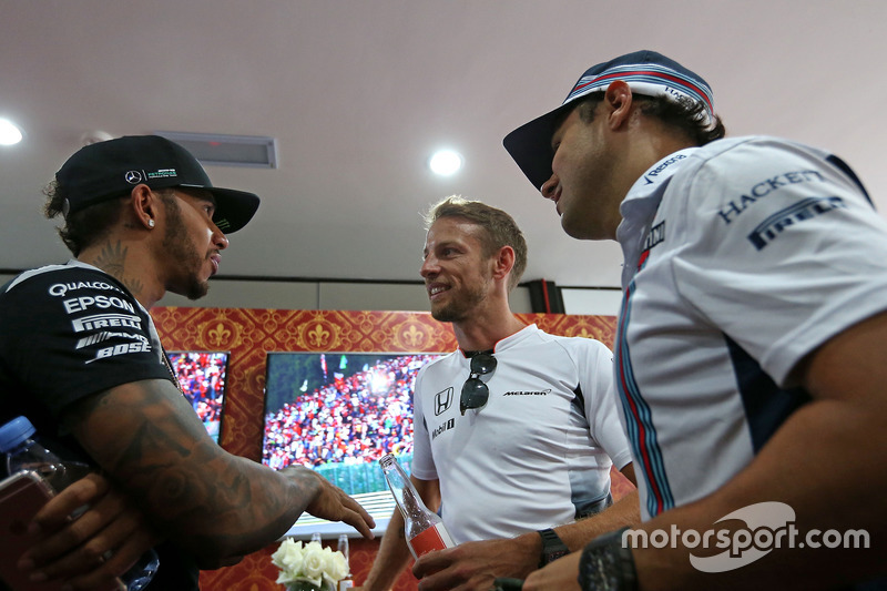 Jenson Button, McLaren Honda celebrates 300 GP, Lewis Hamilton, Mercedes AMG F1 Team and Felipe Massa, Williams F1 Team