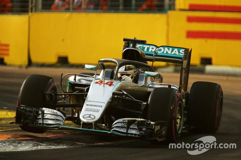 Lewis Hamilton, Mercedes AMG F1 W07 Hybrid ve Halo