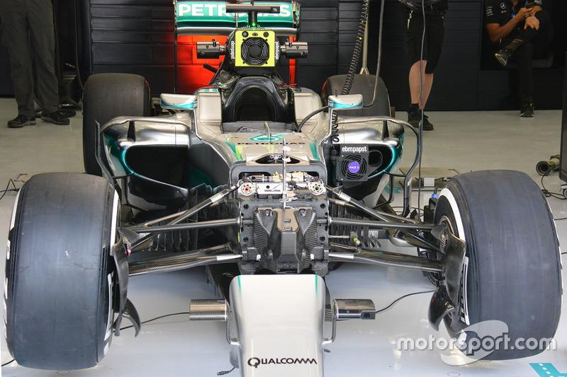 Mercedes AMG F1 Team W07 front detail