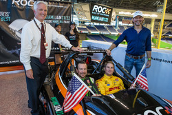 Kurt Busch and Ryan Hunter-Reay with Race of Champions President Fredrik Johnsson