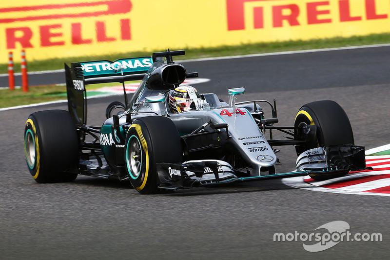 2: Lewis Hamilton, Mercedes AMG F1 W07 Hybrid
