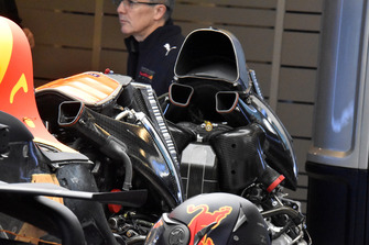 Un changement de moteur sur la Red Bull Racing RB14